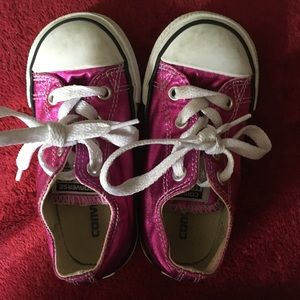 Toddler Girls shiny Converse Shoes Size 7